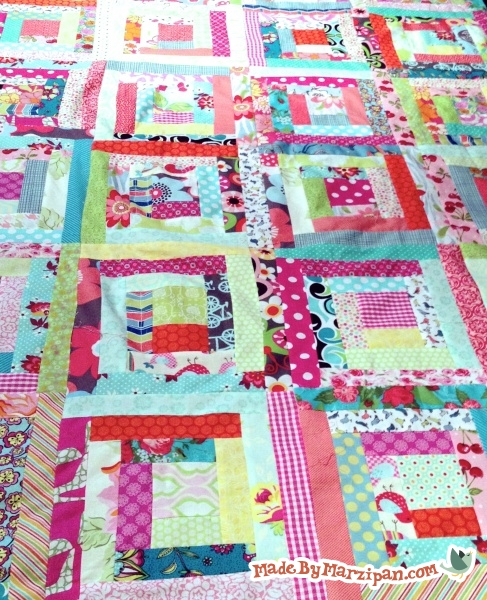 Log Cabin Loco Quilting Pattern #MD11 from Marlous Designs Finished Size 61 x 76